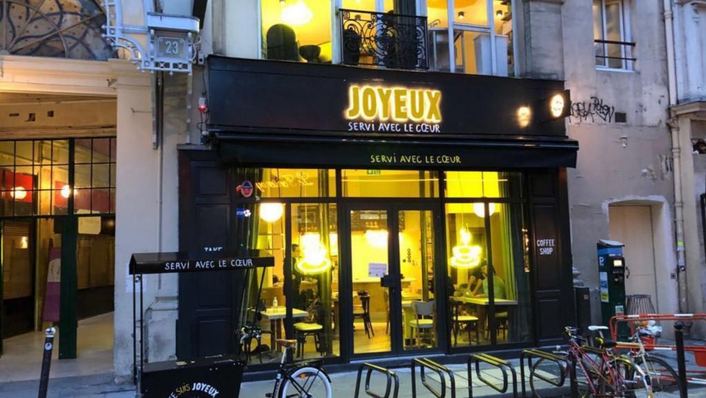 cafe_joyeux_0